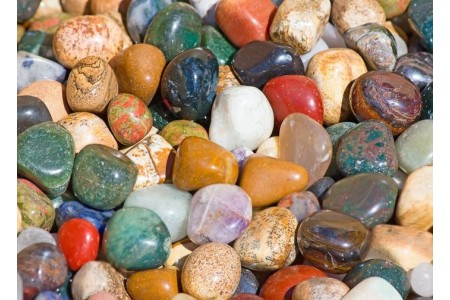 Полускъпоценни Камъни 15-25мм 1 бр.
