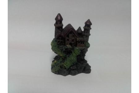 Изкуствена декорация - Замък с две кули